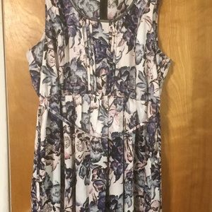 Simply Vera Vera Wang Dresses - Simply Vera floral shark bite hem dress